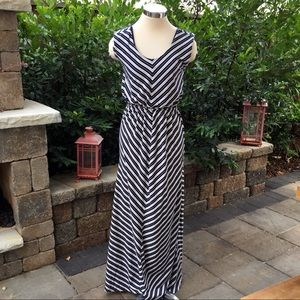 Olive and Oak Maxi Blue and White Stripe Dress S